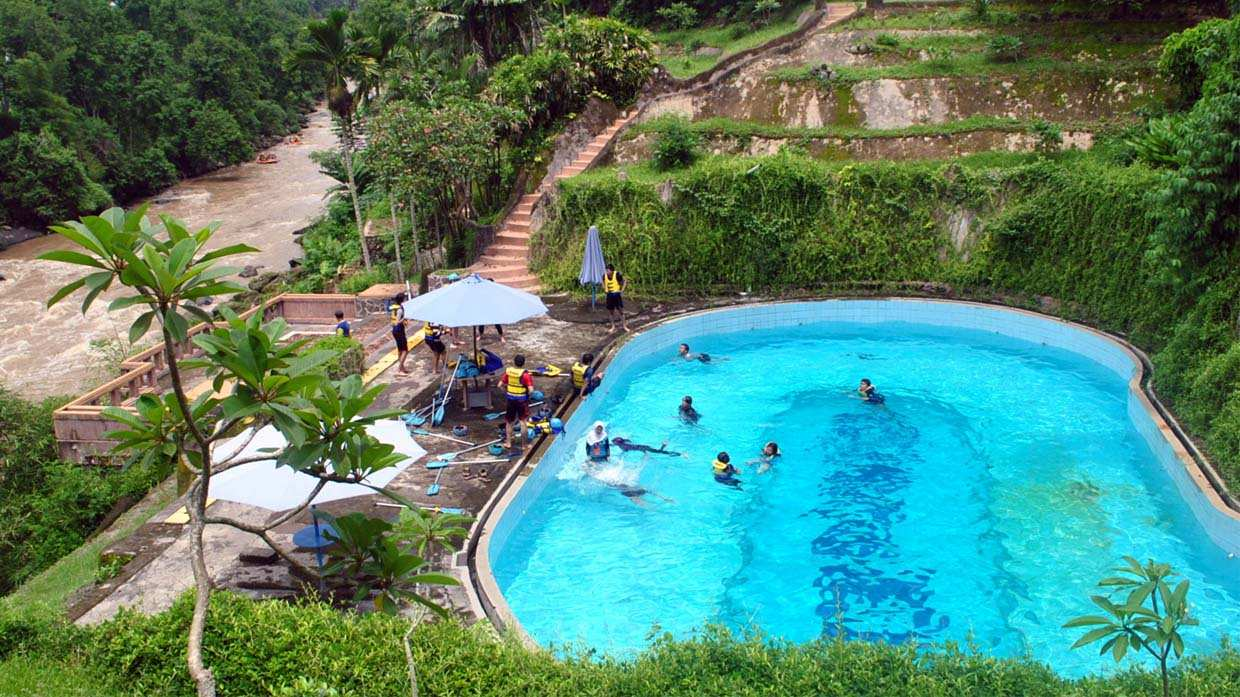 Kolam Renang CitraElo Base Camp Pool Sungai Elo