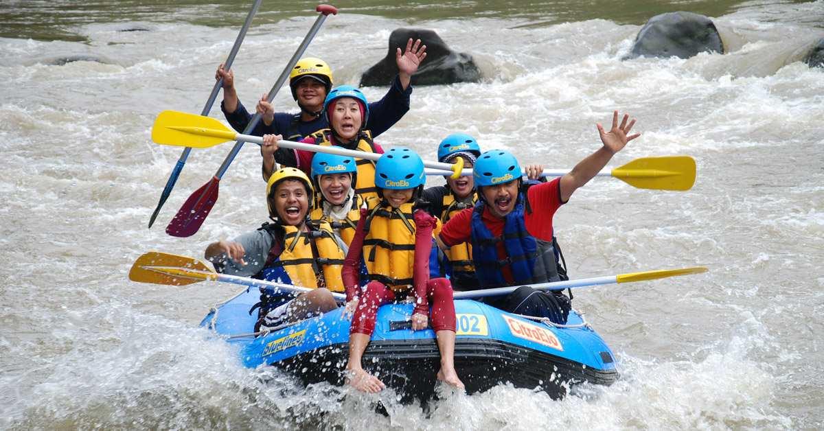 arung jeram sungai elo citraelo rafting borobudur magelang